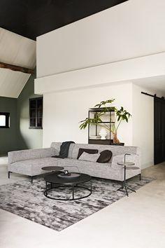 Combo Design is officieel dealer van Design on Stock ✓ Gratis offerte aanvragen Bloq hoekbank ✓ Altijd de scherpste prijs ✓ Snelle levering Future House, Babys, Tiny House, Love Seat, Sweet Home, Room Decor, Interiors, Living Room, Inspiration