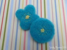 Needle felted flower brooches £4.00