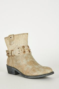 Frosted Brown Textured Silver Detail Western Style Boots http://www.ladiesfashionnow.com/products/14212brwn-002?utm_campaign=crowdfire&utm_content=crowdfire&utm_medium=social&utm_source=pinterest