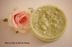 Recette d'un body scrub au concombre, au sucre, au beurre de karité, à l'huile de coco et à la menthe poivrée.