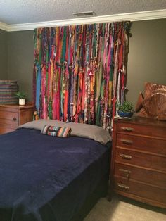 This is actually a set of curtains used for a head board. This photo shows over a queen bed. One set is 40 strands. Twin queen and king sizes can be made. Bohemian Bedroom Decor, Hippie Home Decor, Diy Bedroom Decor, Diy Home Decor, Gothic Bedroom, Moroccan Bedroom, Bohemian House, Bohemian Interior, Bohemian Living