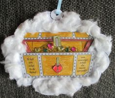 Schat in de hemel Treasure Chest Craft, Bible Crafts, Invitations, Christmas Ornaments, Holiday Decor, Tent, Pirates, Store, Christmas Jewelry