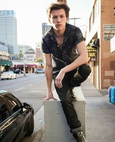 Read Appreciation - Tom Holland from the story Tom Holland/ Peter Parker/ Spider-Man Imagines by Buckysbooty (🌻R🌻) with reads. Tom Holland Peter Parker, Tom Parker, Marvel Actors, Marvel Dc, Spiderman Marvel, Tom Holand, My Tom, Tommy Boy, Men's Toms
