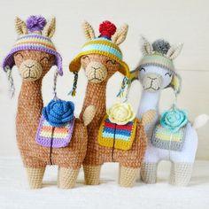 No hay descripción de la foto disponible. Crochet Animal Amigurumi, Crochet Animal Patterns, Crochet Bunny, Stuffed Animal Patterns, Crochet Animals, Amigurumi Patterns, Crochet Flowers, Crochet Toys, Diy Crochet Projects