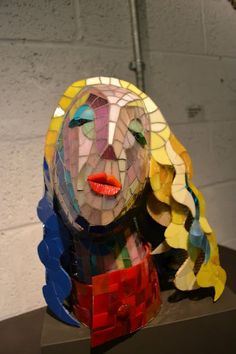 3d mosaic Takako Shimizu has created this very creative bust made of Mosaic tiles. Very Cool!