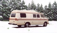 #ThrowBackThursdays Though the beige colour may not be as in style as it was in 1989, it sure could make a coach standout in white snow.