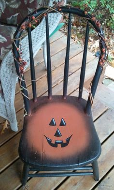 wooden chair painted for halloween Halloween Painting, Holidays Halloween, Vintage Halloween, Halloween Crafts, Halloween Decorations, Country Halloween, Halloween Ideas, Happy Halloween, Fall Crafts