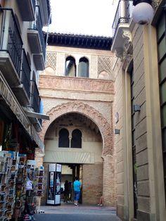 Corral del Carbón, Granada