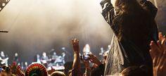Grazie ai #voli giornalieri di #British #Airways verso #Londra Heathrow, si possono comodamente raggiungere tutti gli #eventi musicali in #Inghilterra; e per coloro che volessero volare dall'altra parte dell' #Oceano, British Airways offre voli 7 giorni su 7 dall' #Italia all' #America via Londra #musica #biglietti #aerei #festival #estate
