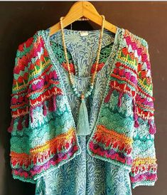 Crochet Jacket, Crochet Cardigan, Crochet Scarves, Crochet Clothes, Knit Crochet, Crochet Lingerie, Finger Crochet, Crochet Blocks, Poncho