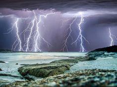 Craig Eccles, lightning photos (© Craig Eccles / Solent News / Rex Features)