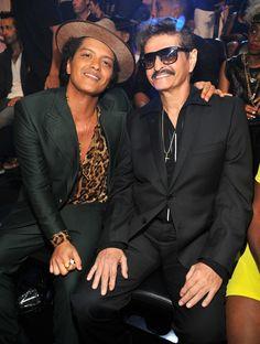 Bruno Mars and his  dad Peter Hernandez