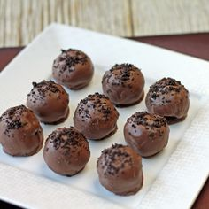 Oreo Truffles made with just three ingredients---chocolate, crushed Oreos, and cream cheese.