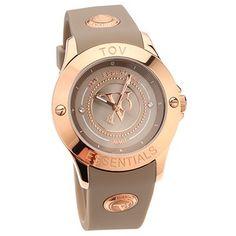 TOV Gems schöne Damenuhr ist ein feminines Accessoire für jeden Tag. Sie hat ein rundes Edelstahlgehäuse mit Rosévergoldung, ein klassisches Zifferblatt mit arabischen Ziffern und ein unkompliziertes Armband aus Silikon mit Dornschließe.  QVC.de