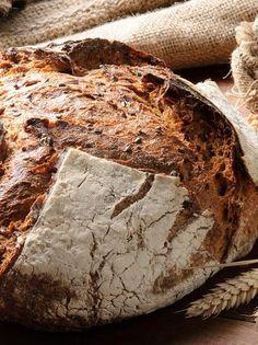 Ψωμί με προζύμι Greek Recipes, Cake Recipes, Keto, Food Cakes, Baking, Breads, Pizza, Artisan Bread, Cakes
