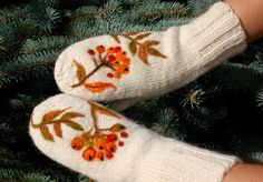 White Hand Knitted Wool Mittens with berries by MySunsetColor, $39.50