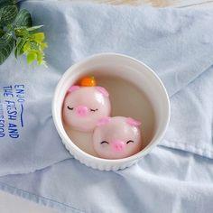 Tang Yuan Recipe, Dumpling Skin, Salted Egg Yolk, Black Food Coloring, Pineapple Tart, Sweet Soup, Glutinous Rice Flour, Pink Foods, Rice Balls