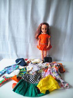 Furga Alta Moda Sheila vintage fashion doll, met extra kleding, 42 cm