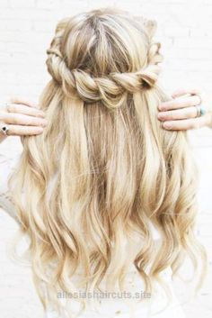 Magnificent 45 Most Cute and Beautiful Homecoming Hairstyles ..