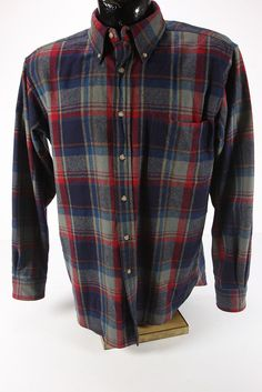 Vintage Pendleton Mens Medium Wool Plaid Shirt Blue, Red, & Gray Long Sleeves Flannel Shirts, Mens Flannel, Pendleton Wool, Front Bottoms, Rooftop, Casual Wear, Gray, Antiques, Medium