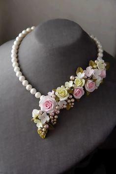 Beautiful flowers jewellery by Angela Chenina - Fabric Jewelry, Beaded Jewelry, Colar Floral, Flower Jewellery For Mehndi, Flower Jewelry, Pearl Necklace Designs, Schmuck Design, Polymer Clay Jewelry, Jewelry Design