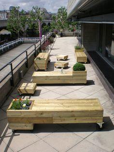 Garden furniture on wheels