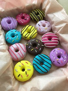 This 12 handmade polymer clay doughnut pattern weights is just one of the custom, handmade pieces you'll find in our fabric & notions shops. Polymer Clay Crafts, Handmade Polymer Clay, Polymer Clay Sweets, Delicious Donuts, Yummy Food, Boutique Patisserie, Kreative Desserts, Cute Donuts, Donuts Donuts
