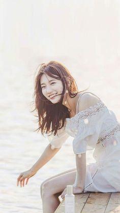 수지 초고화질 배경화면 / 수지 초고화질 사진 모음 : 네이버 블로그 Uncontrollably Fond, Leg Thigh, Gwangju, Bae Suzy, Korean Star, Kpop Girls, Asian Beauty, Movie Stars, Kdrama