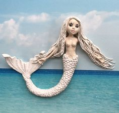 Beautiful blissful mermaid, 30cm diam, hand built ceramic not plastic, made with much love by Victoria Claxton FB & Insta Funky Gifts, Beach Gifts, Funky Art, Mother Nature, Surfing, Disney Characters, Fictional Characters, Sculptures, Mermaid