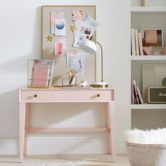 Diy crafts for teen girls small spaces home office ideas, browse di White Bedroom Furniture, Home Office Furniture, Living Room Furniture, Teen Room Decor, Home Decor Bedroom, Bedroom Ideas, Bedroom Small, Black Desk, Desks For Small Spaces