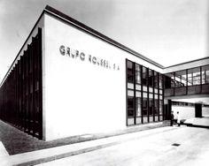 Detalle de la fachada, Laboratorios Roussel, av. Universidad 1738, Coyoacán, México DF 1962   Arq. Vladimir Kaspé -  Roussel Laboratories, Coyoacan, Mexico City 1962