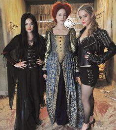 pretty little liars season 1 behind the scenes photos | Pretty Little Liars Halloween Episode: Behind the Scenes!