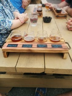 Beer flight holder