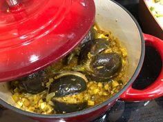Fűszeres, töltött baby padlizsán Palak Paneer, Bacon, Veggies, Vegetarian, Vegan, Ethnic Recipes, Food, Cilantro, Vegetable Recipes