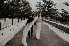 Elena & kike | Alejandro Díaz · Fotografo de boda en Lanzarote & La Graciosa Sidewalk, San, Couples, Wedding, Funny, Lanzarote, Valentines Day Weddings, Mariage, Weddings