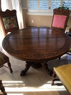 Carved 54 Quartersawn Oak Table  Lions Heads  Claws  3 Leaves  6Horner Oak claw foot Griffin Split Pedestal Table   eBay  . Antique Quarter Sawn Oak Dining Table And Chairs. Home Design Ideas