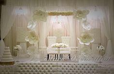 Very unique and classy decor by Stars Decoration #starsdecoration #416-887-4444 #Weddingdecor #Centrepieces