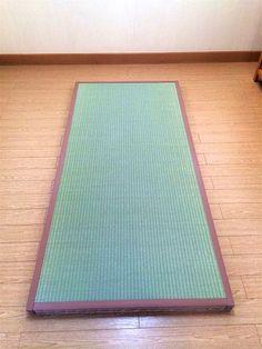 四方に畳縁が付いている畳