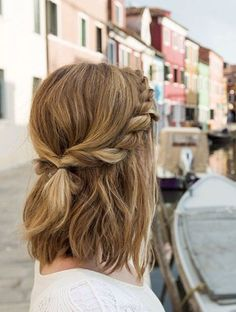 17 Trendy Hairstyles for Long Hair - Hair Styles Cabelo Inspo, Easy Hairstyles For School, Hair Ideas For School, Super Easy Hairstyles, Amazing Hairstyles, Short Hair Styles Easy, Trendy Hairstyles, Fashion Hairstyles, Teenage Hairstyles