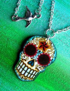 Sugar Skull it matches the ring....hhhmmmm I wonder if there's earrings 2?????