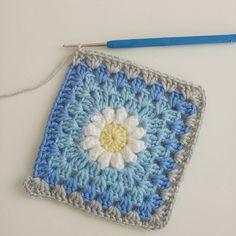 #örgükırlent#örgümotif#örgümodelleri#bebekbattaniyesi#sipariş#tığişi#tigisi#elisi#elisi#knit#knitting#crochet#crocheting#crochetlover#crochetaddict#yarn#yarnaddict#babyblanket#blanket#battaniye#mavi#gri