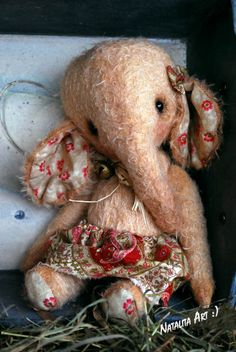 Vintage Sweet Elephant by bear aritst Natali Sekreta