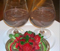 Valentine chocolate mousse is a delicious and sumptuous dessert for your loved ones, and with this diabetic recipe from DiabeticLifestyle, it's a healthy choice for people with type 1 diabetes or type 2 diabetes.
