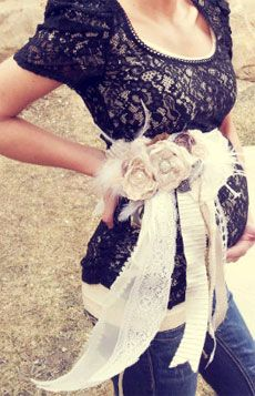 maternity-sash- Burlap and lace or could make with peacock feathers.  Just precious!