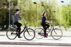 Barcelona Cycle Chic Cycle Chic, Dutch Bike, Bicycle Design, Cool Bikes, Biking, Touring, Cycling, Barcelona, Group
