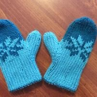 Double Knit Child's Fair Isle Mittens - via @Craftsy