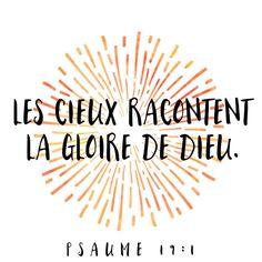 Lève-les yeux vers le #ciel et rappelle-toi combien #Dieu est #grand et #glorieux! #versetdujour