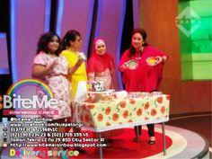 BiteMe Rainbow Cake - Kue Pelangi, performing live @ TransTV Program Morning Show with Tike Priyatnakusuma & Mama Ira Maya Sopha