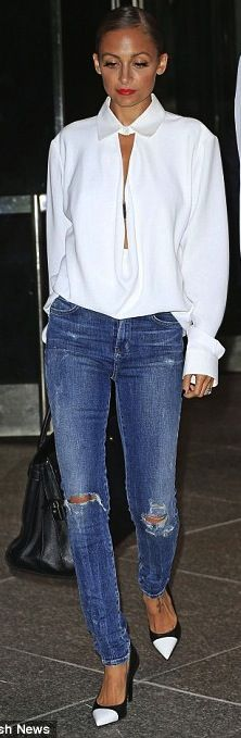 Nicole Richie outfit inspiration. Blue jeans and white chiffon blouse are always good idea! #TornDenim #RippedJeansTrend