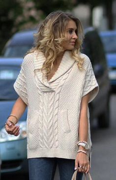 Women's Hand Knit V-neck Sweater 7J